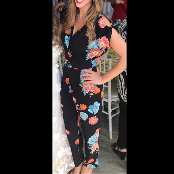 21f067489e41 Zara black floral jumpsuit. M 5ab562ba2ab8c5f71a44f303
